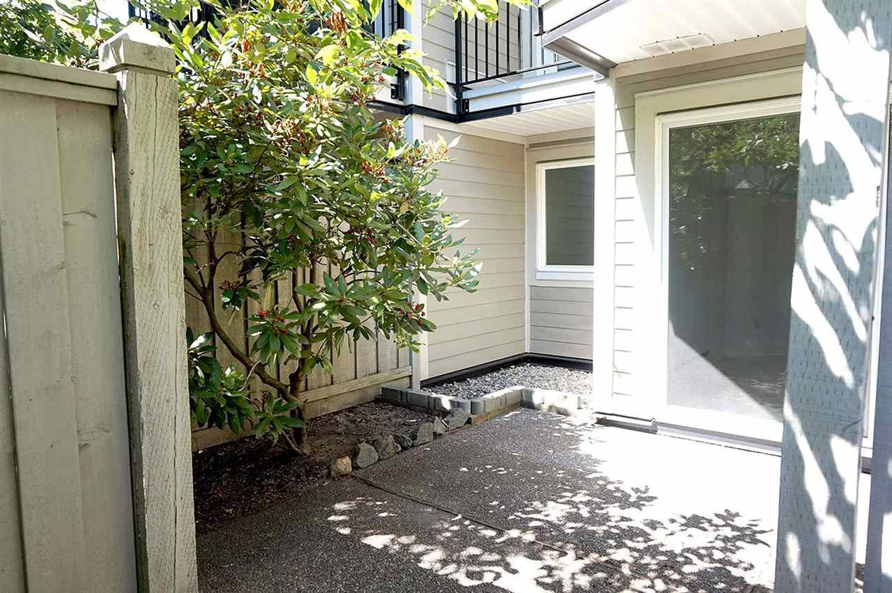 "Photo 7: Photos: 102 633 W 16 Avenue in Vancouver: Fairview VW Condo for sale in ""Birchview Terrace"" (Vancouver West)  : MLS®# R2163651"