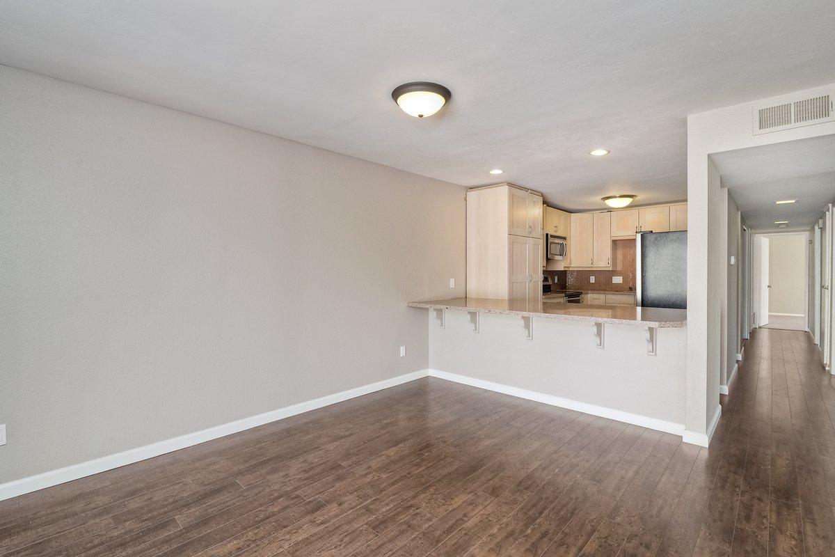 Photo 8: Photos: SCRIPPS RANCH Condo for sale : 3 bedrooms : 9973 Caminito Tomatillo in San Diego