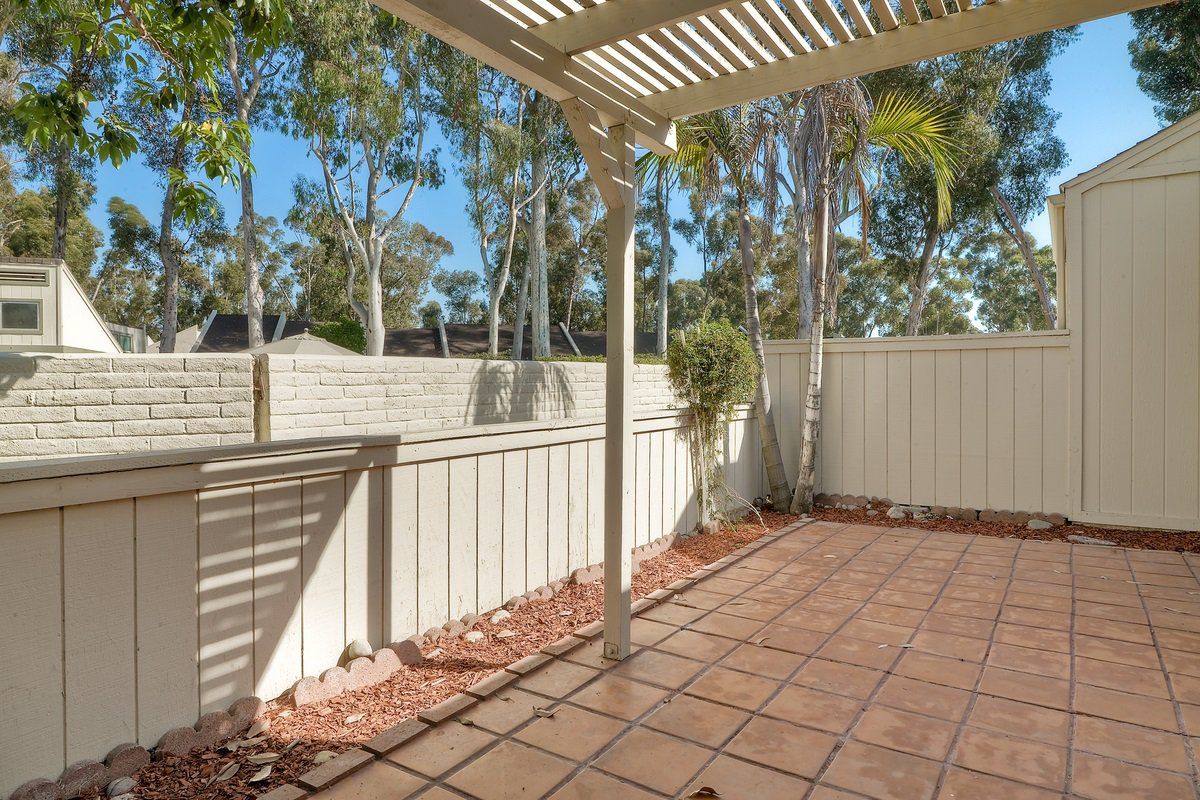 Photo 24: Photos: SCRIPPS RANCH Condo for sale : 3 bedrooms : 9973 Caminito Tomatillo in San Diego