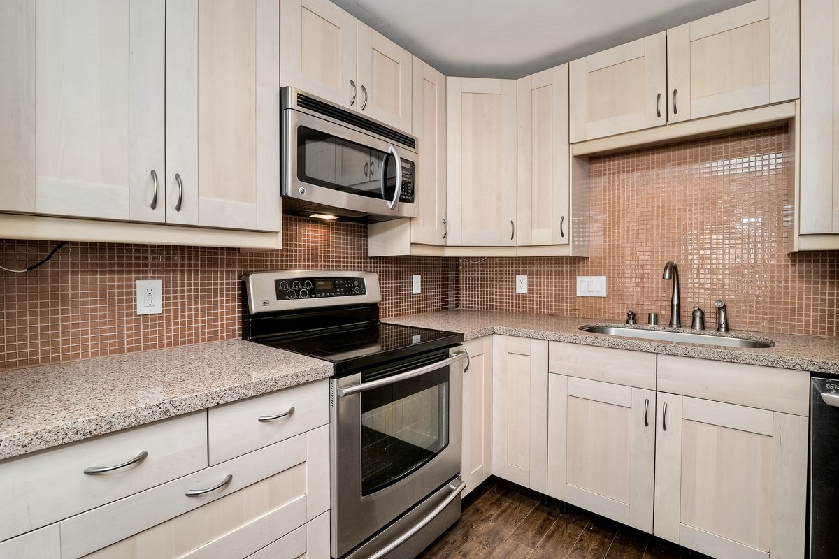 Photo 13: Photos: SCRIPPS RANCH Condo for sale : 3 bedrooms : 9973 Caminito Tomatillo in San Diego