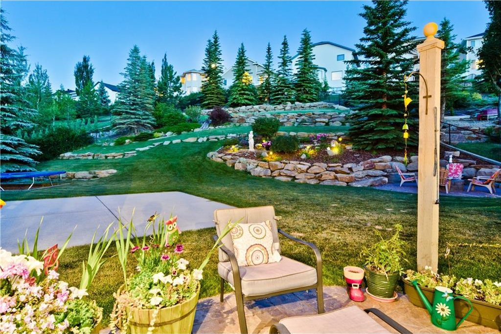 Main Photo: EDGEBROOK GV NW in Calgary: Edgemont House for sale