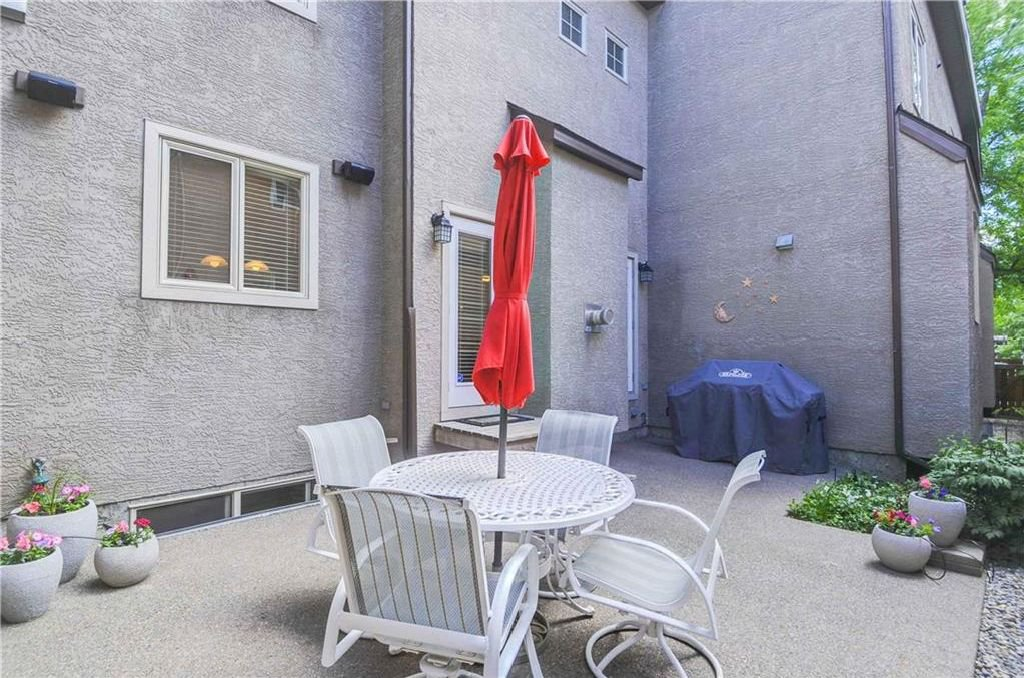 Photo 20: Photos: 2 2328 2 Avenue NW in Calgary: West Hillhurst House for sale : MLS®# C4160636