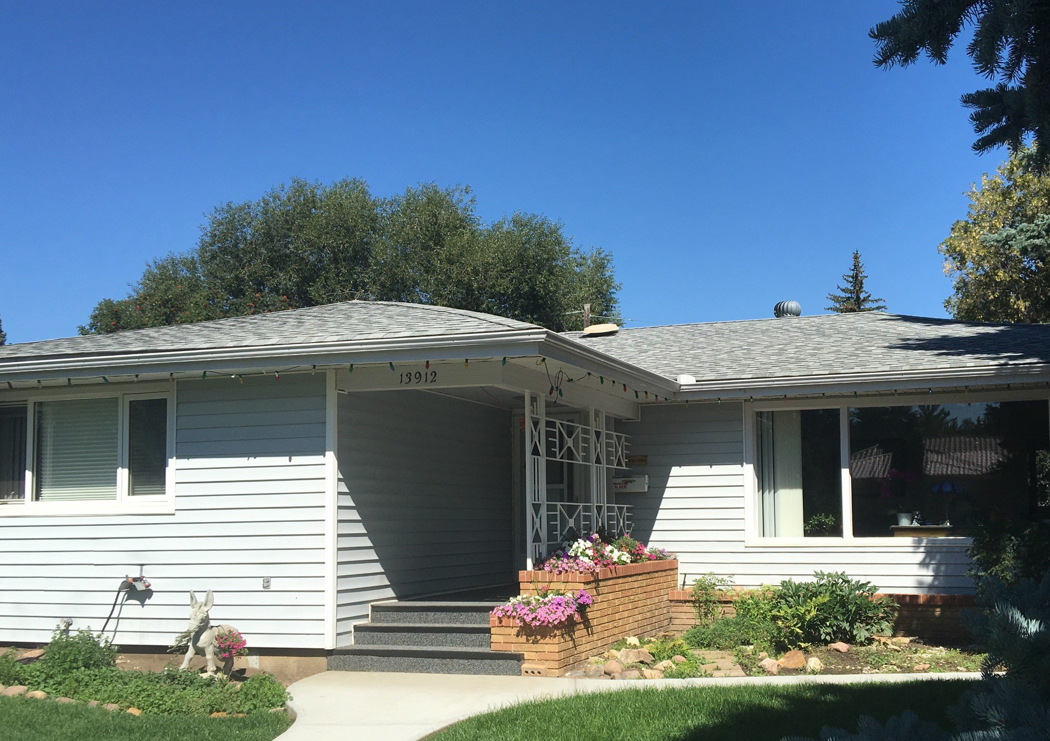 Main Photo: 13912 91A Avenue NW in Edmonton: House for sale : MLS®# E4055173