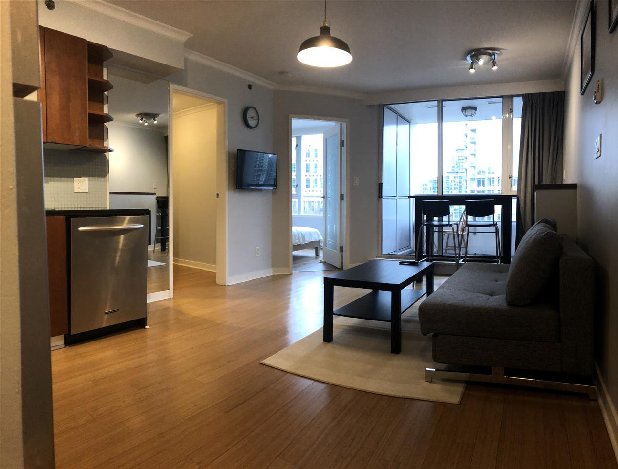 "Main Photo: 1107 822 SEYMOUR Street in Vancouver: Downtown VW Condo for sale in ""L'ARIA"" (Vancouver West)  : MLS®# R2246943"