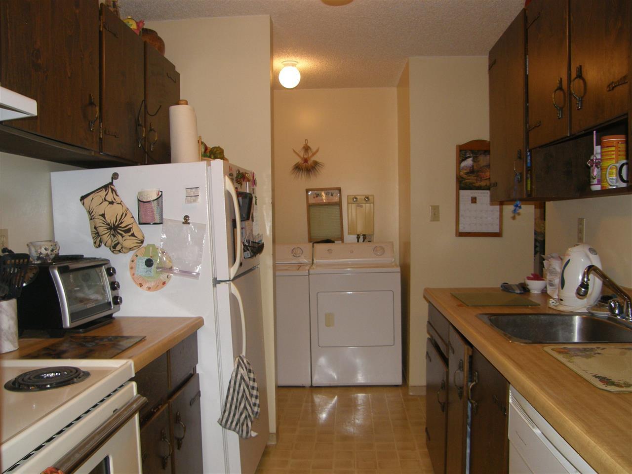 "Photo 5: Photos: 109 13977 74 Avenue in Surrey: East Newton Condo for sale in ""GLENCOE ESTATES"" : MLS®# R2314502"