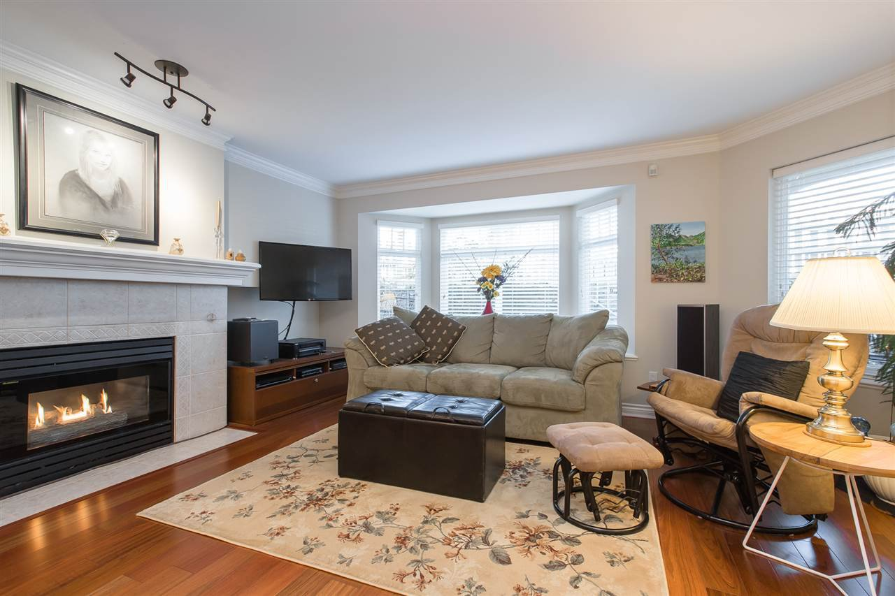 """Main Photo: 102 257 E KEITH Road in North Vancouver: Lower Lonsdale Townhouse for sale in """"McNair Park"""" : MLS®# R2333342"""