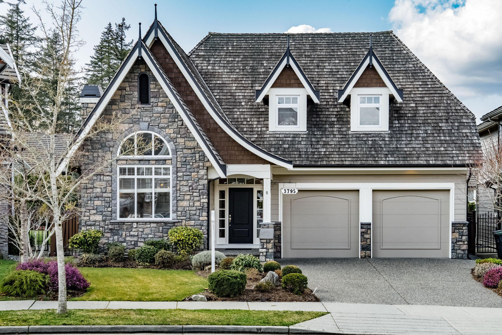 """Main Photo: 3795 154A Street in Surrey: Morgan Creek House for sale in """"IRONWOOD"""" (South Surrey White Rock)  : MLS®# R2342903"""