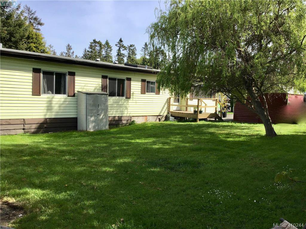 Main Photo: 2522 Sloping Pines Rd in SAANICHTON: CS Hawthorne Manufactured Home for sale (Central Saanich)  : MLS®# 813216