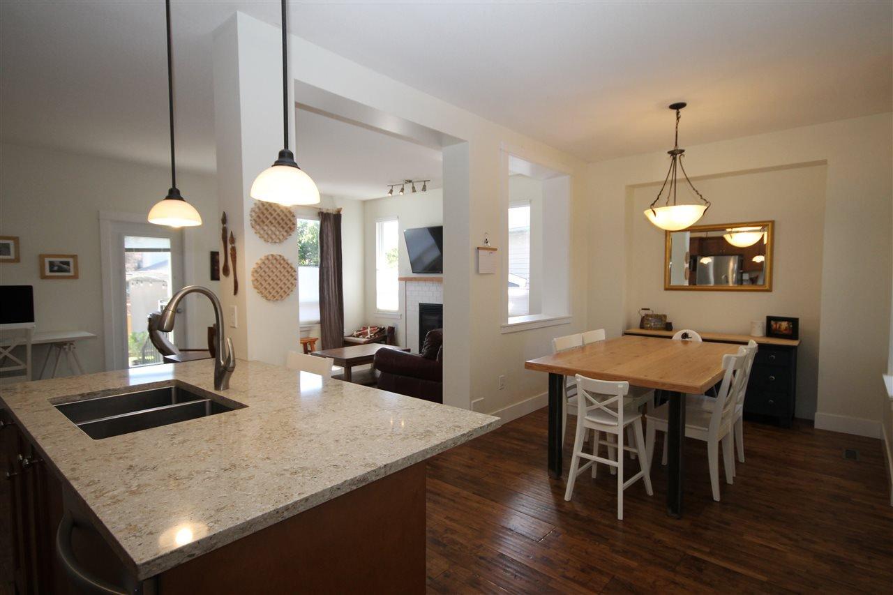 Photo 6: Photos: 18577 67A Avenue in Surrey: Cloverdale BC House for sale (Cloverdale)  : MLS®# R2375928