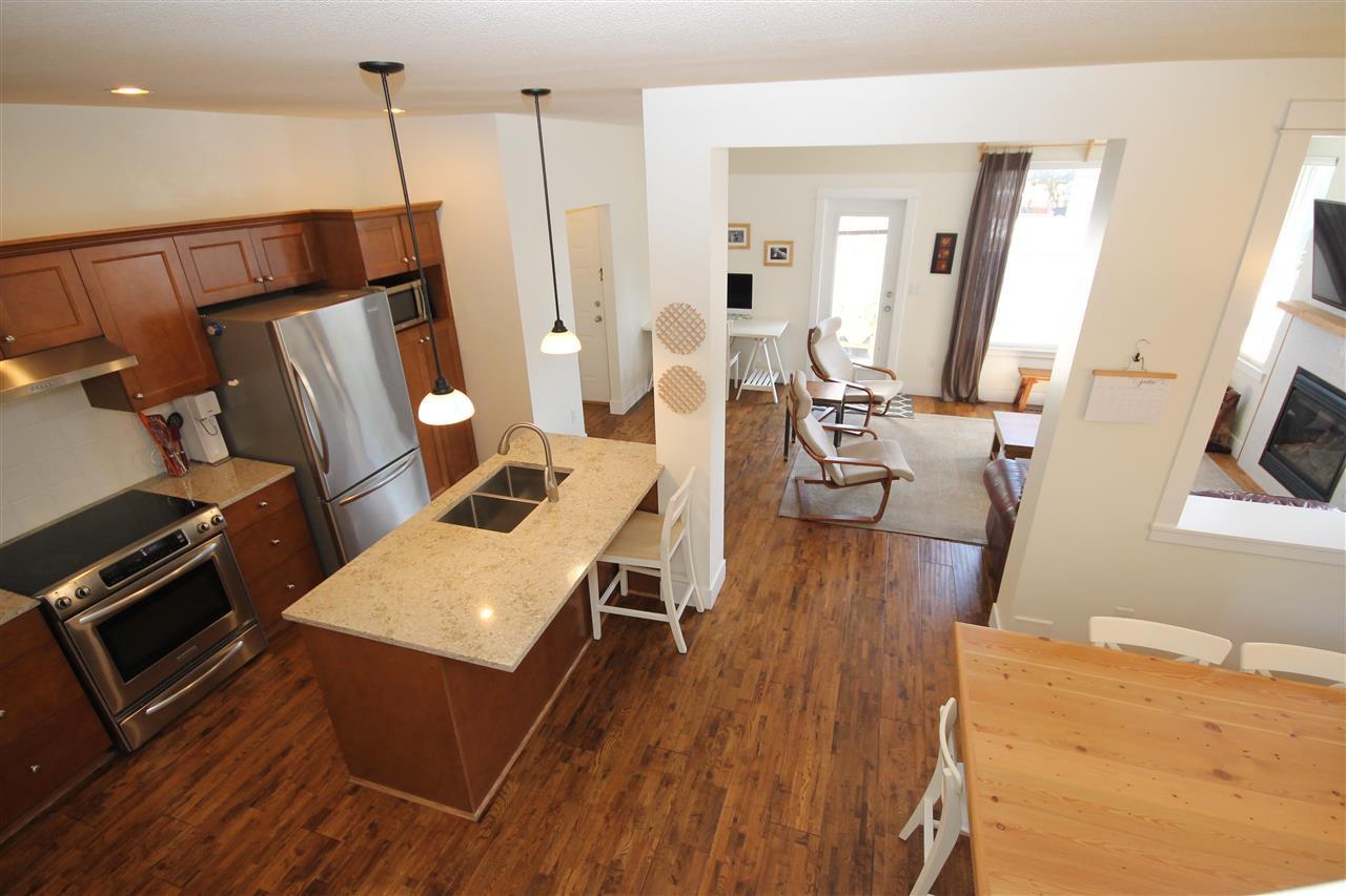Photo 9: Photos: 18577 67A Avenue in Surrey: Cloverdale BC House for sale (Cloverdale)  : MLS®# R2375928