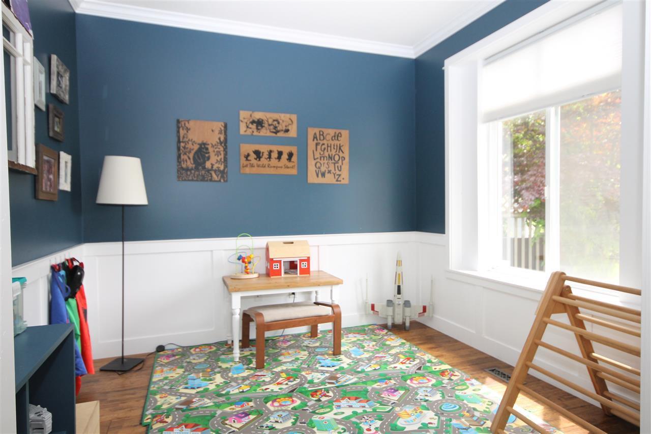 Photo 10: Photos: 18577 67A Avenue in Surrey: Cloverdale BC House for sale (Cloverdale)  : MLS®# R2375928