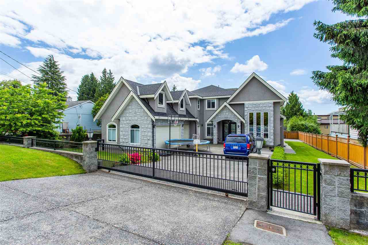 Main Photo: 704 QUADLING Avenue in Coquitlam: Coquitlam West House for sale : MLS®# R2457232