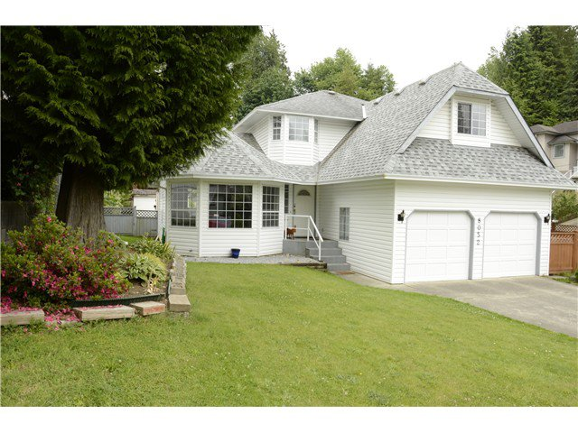 Main Photo: 8052 WAXBERRY Crescent in Mission: Mission BC House for sale : MLS®# F1413376