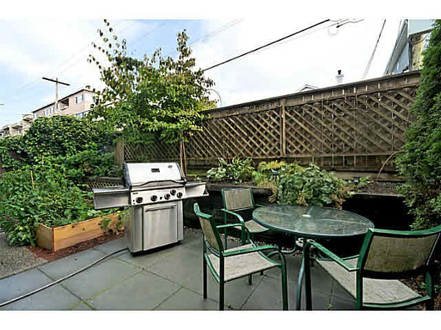 Photo 8: Photos: 522 ST. GEORGES Avenue in North Vancouver: Lower Lonsdale Townhouse for sale : MLS®# V1088673