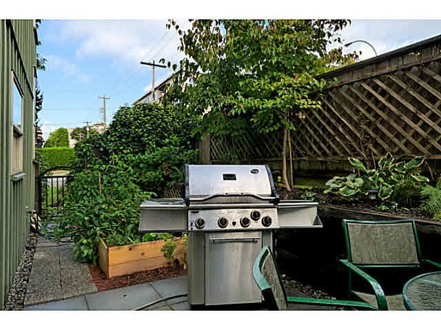 Photo 10: Photos: 522 ST. GEORGES Avenue in North Vancouver: Lower Lonsdale Townhouse for sale : MLS®# V1088673