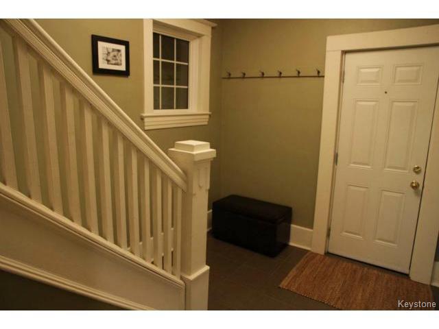 Photo 2: Photos: 612 Lipton Street in WINNIPEG: West End / Wolseley Residential for sale (West Winnipeg)  : MLS®# 1429204