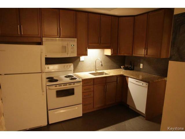 Photo 3: Photos: 612 Lipton Street in WINNIPEG: West End / Wolseley Residential for sale (West Winnipeg)  : MLS®# 1429204