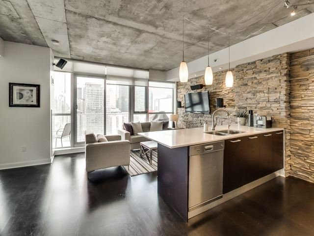 Photo 20: Photos: 2405 375 W King Street in Toronto: Waterfront Communities C1 Condo for sale (Toronto C01)  : MLS®# C3362406