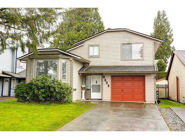 Main Photo: 6635 130A Street in Surrey: West Newton House for sale : MLS®# R2048996