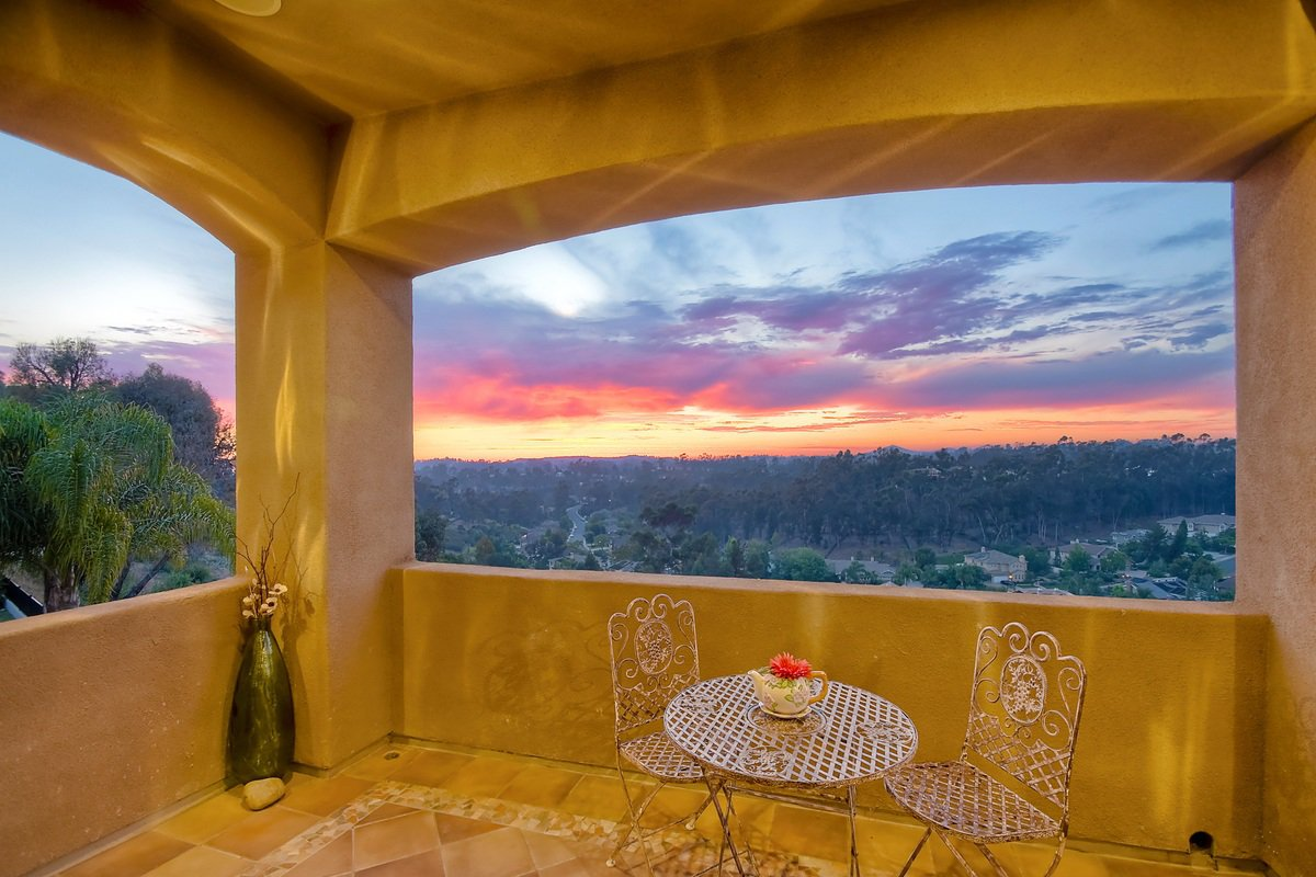 Photo 18: Photos: SCRIPPS RANCH House for sale : 4 bedrooms : 12596 Fairbrook in San Diego