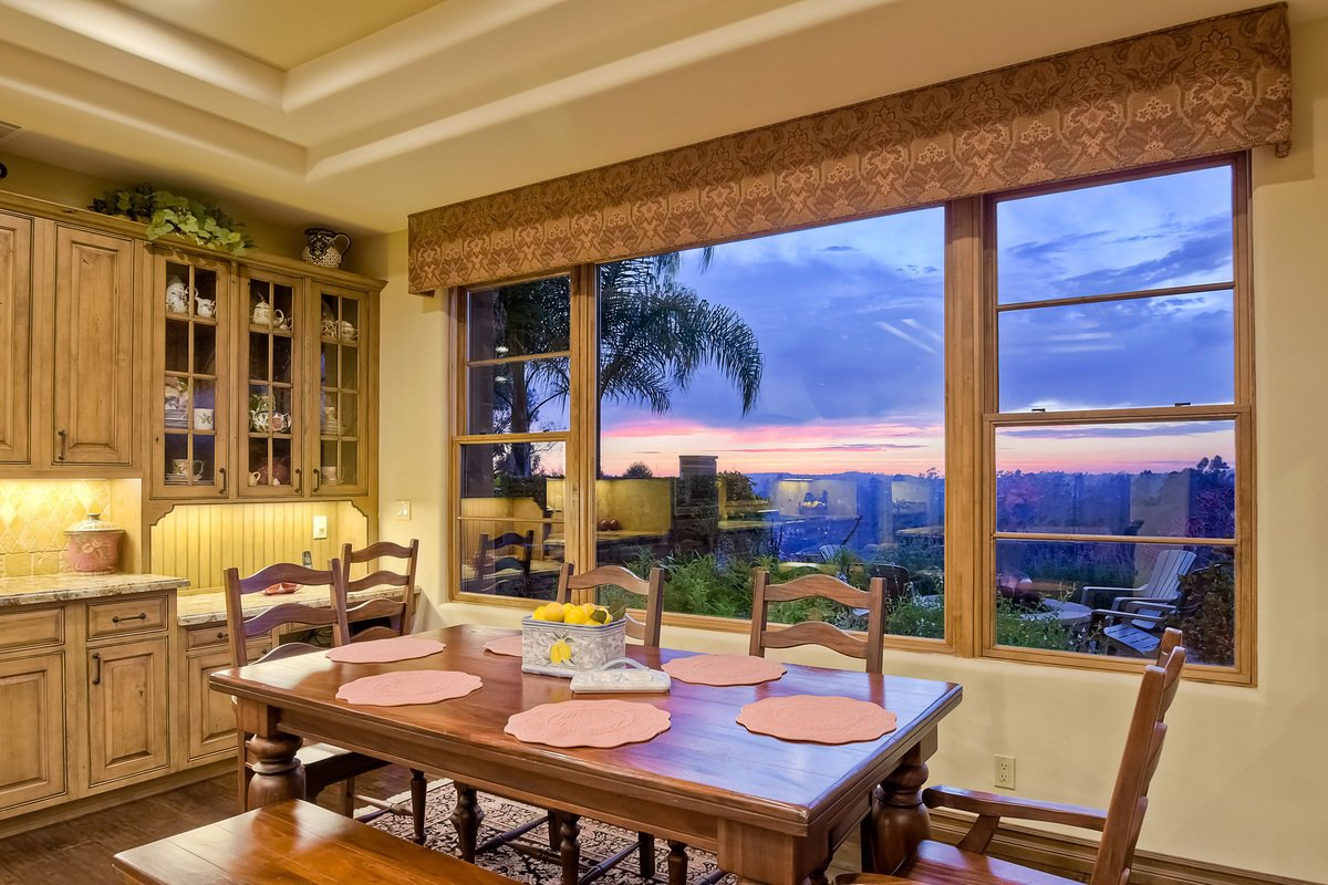 Photo 11: Photos: SCRIPPS RANCH House for sale : 4 bedrooms : 12596 Fairbrook in San Diego
