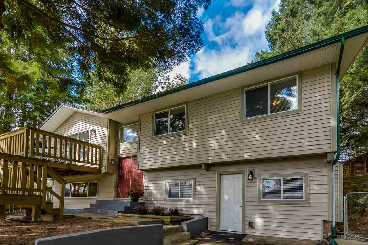 Main Photo: 32841 ORCHID Crescent in Mission: Mission BC House for sale : MLS®# R2108111
