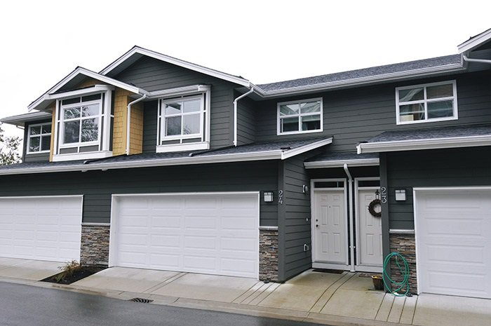 "Main Photo: 24 11461 236 Street in Maple Ridge: East Central Townhouse for sale in ""TWO BIRDS"" : MLS®# R2146030"