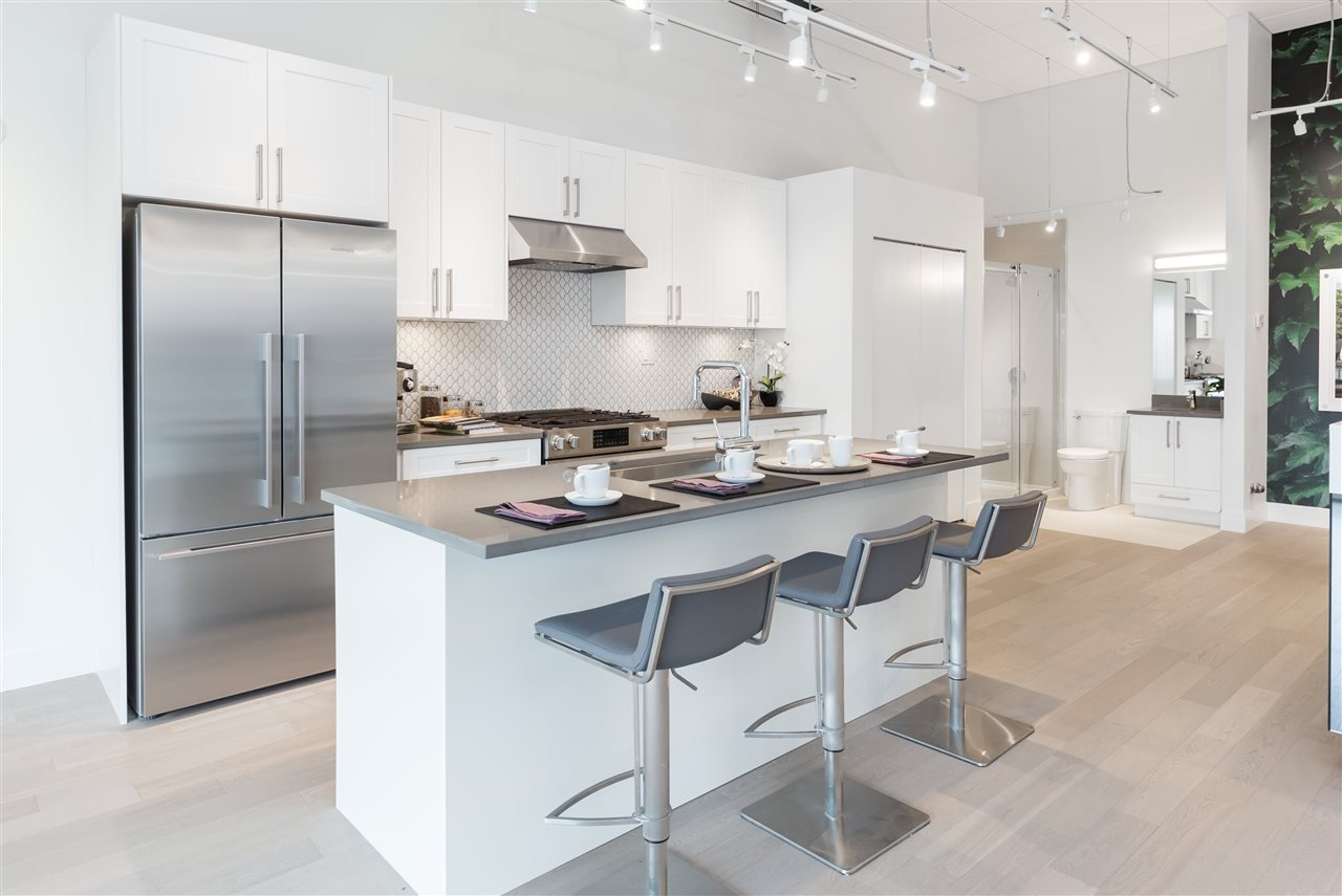 """Main Photo: 46 7191 LECHOW Street in Richmond: McLennan North Townhouse for sale in """"Parc Belvedere"""" : MLS®# R2155917"""