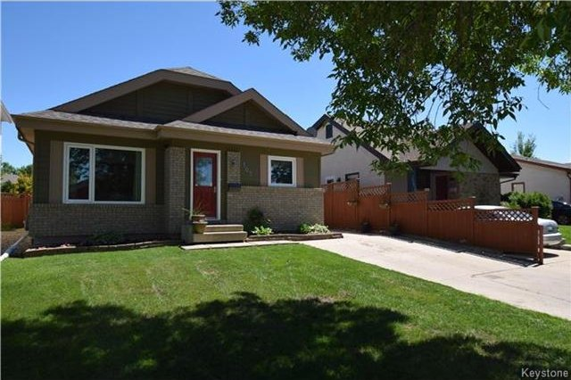Main Photo: 107 Pinetree Crescent in Winnipeg: Riverbend Residential for sale (4E)  : MLS®# 1716061