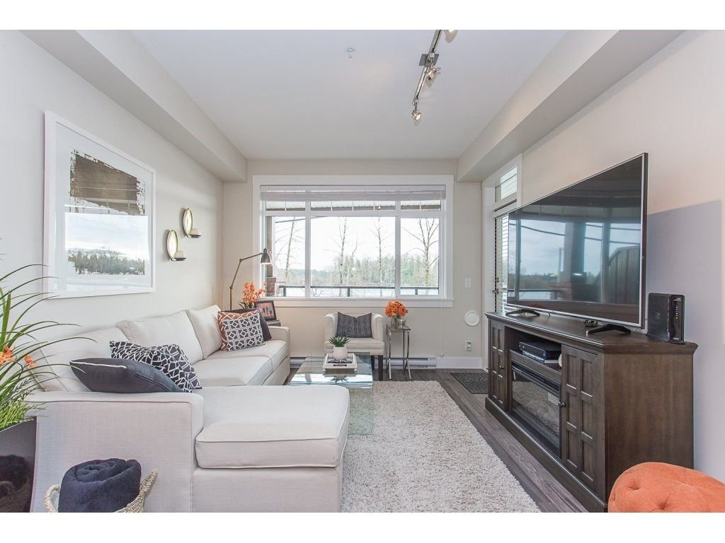 """Photo 8: Photos: 107 22327 RIVER Road in Maple Ridge: West Central Condo for sale in """"REFLECTIONS ON THE RIVER"""" : MLS®# R2248395"""