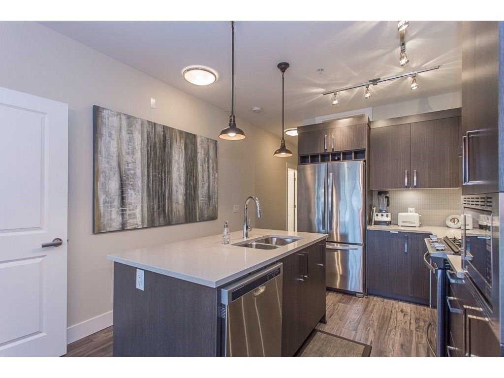 """Photo 4: Photos: 107 22327 RIVER Road in Maple Ridge: West Central Condo for sale in """"REFLECTIONS ON THE RIVER"""" : MLS®# R2248395"""