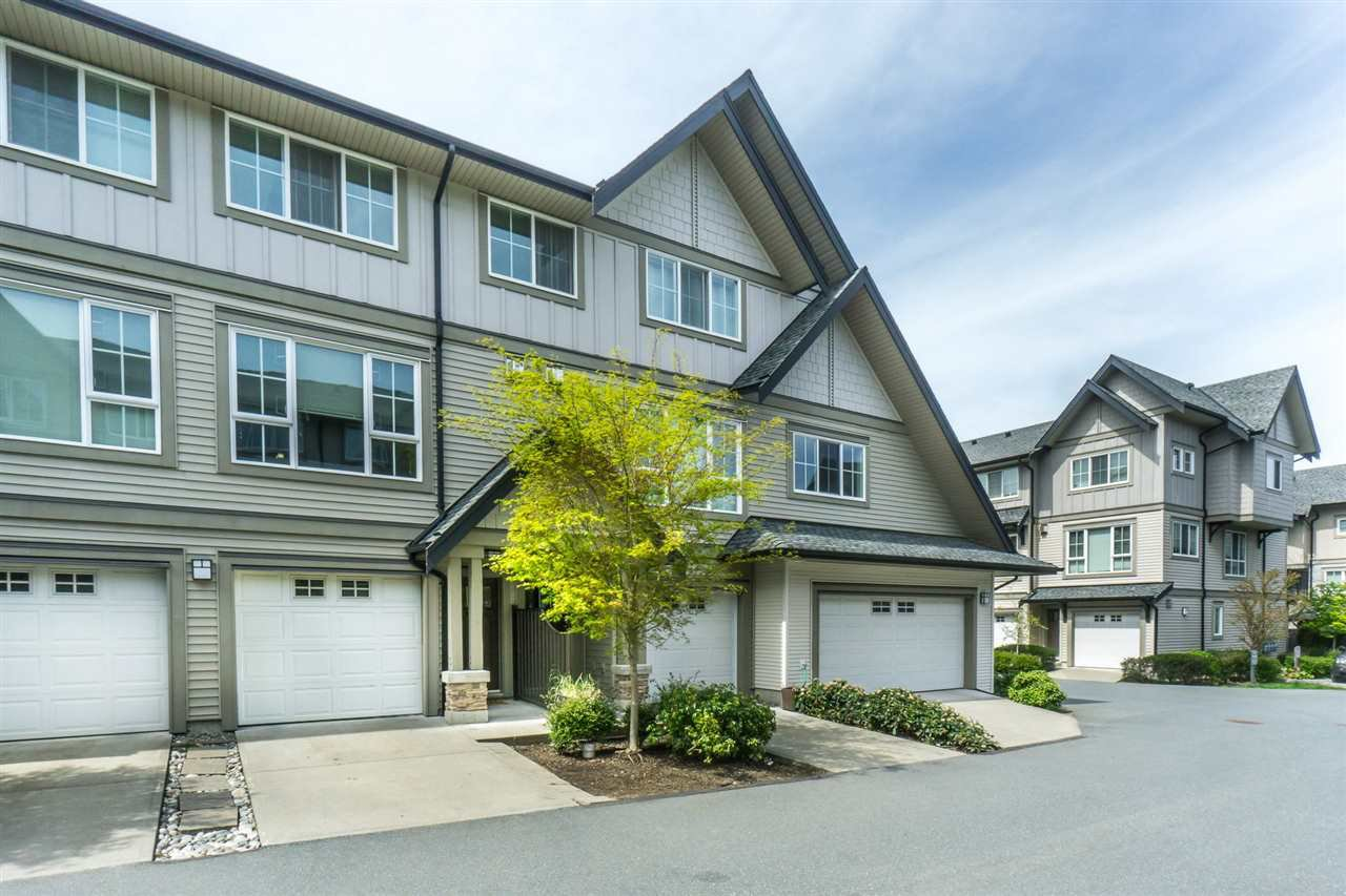 "Main Photo: 205 2501 161A Street in Surrey: Grandview Surrey Townhouse for sale in ""HIGHLAND PARK"" (South Surrey White Rock)  : MLS®# R2265221"