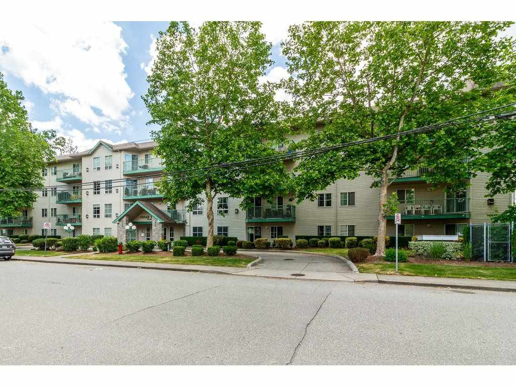 "Main Photo: 302 2435 CENTER Street in Abbotsford: Central Abbotsford Condo for sale in ""CEDAR GROVE PLACE"" : MLS®# R2276093"