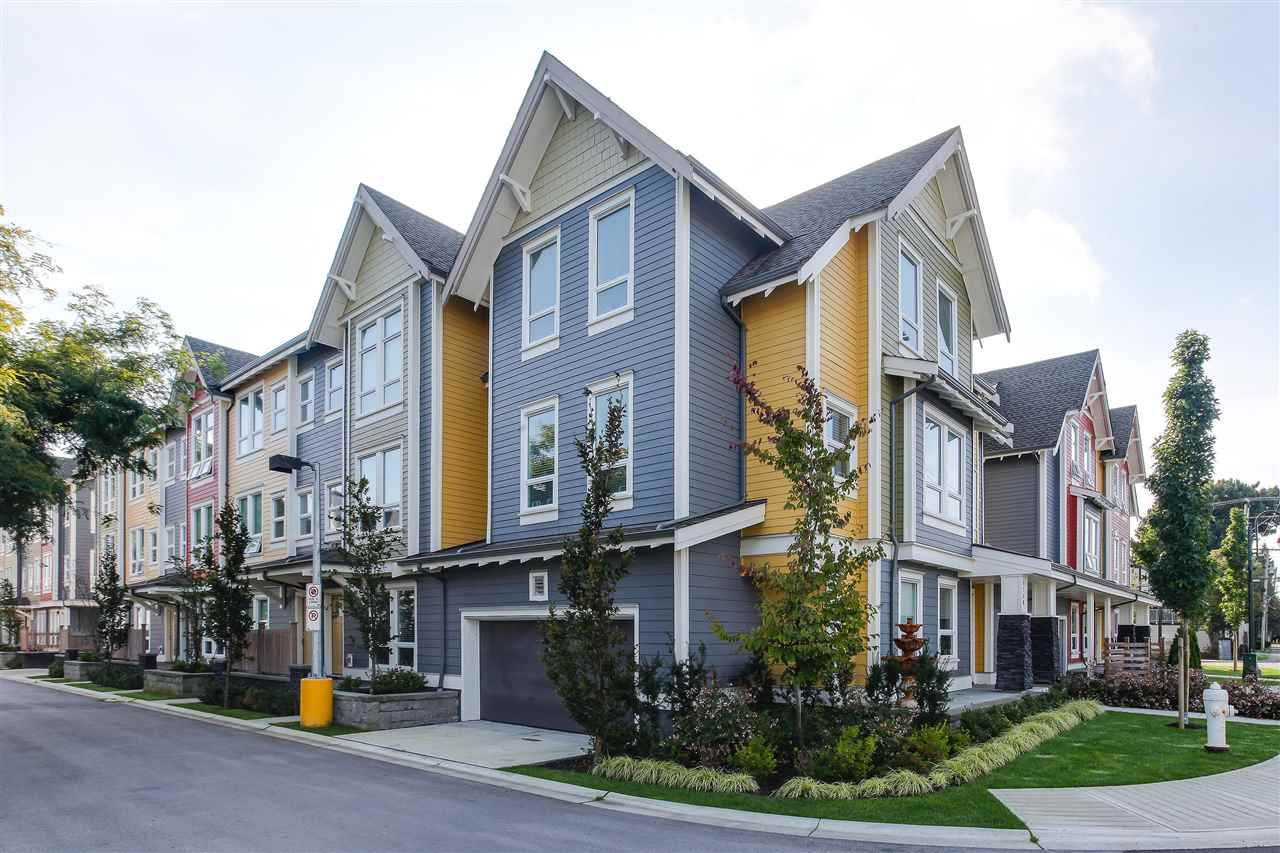 "Main Photo: 4768 48B Street in Delta: Ladner Elementary Townhouse for sale in ""VILLAGE WALK"" (Ladner)  : MLS®# R2307331"