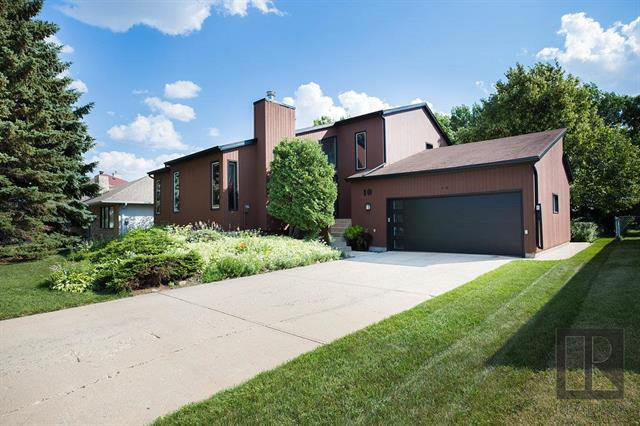 Main Photo: 10 Caravelle Lane in West St Paul: Riverdale Residential for sale (R15)  : MLS®# 1827479