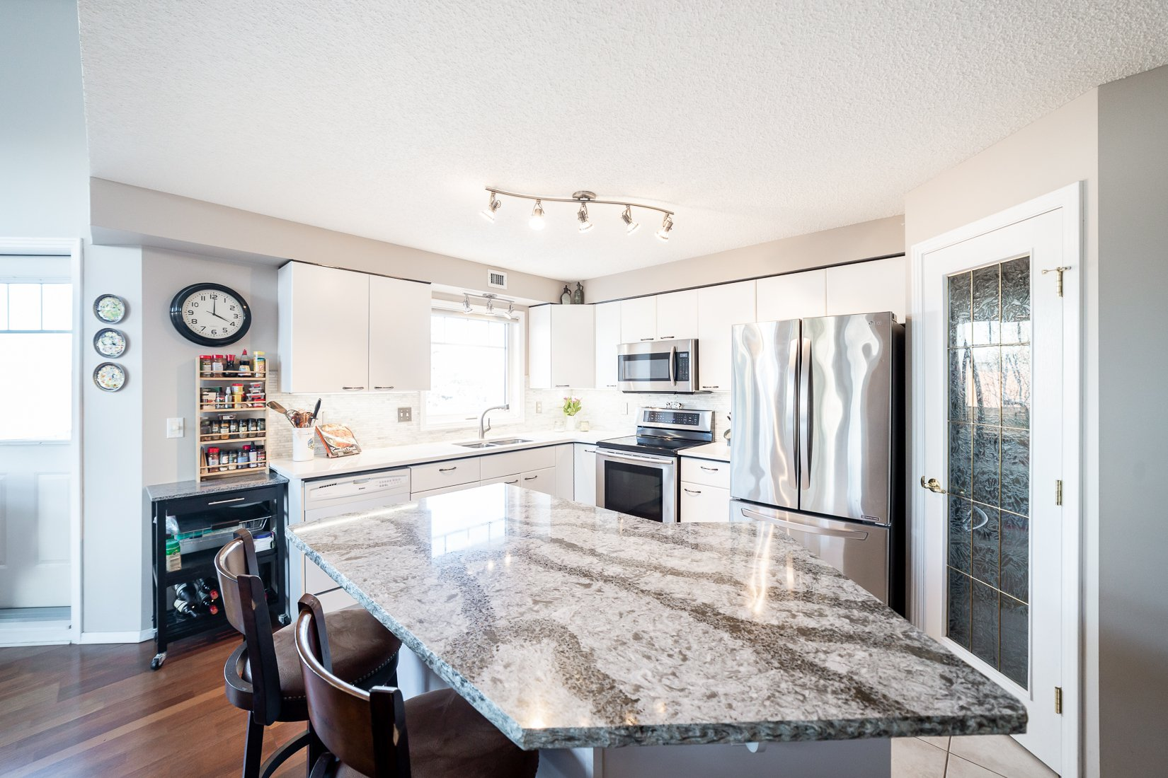 Kitchen - Marble Backsplash; Large Island