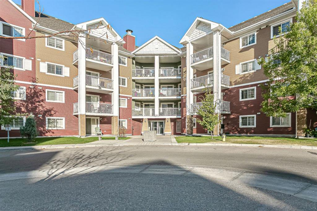 Main Photo: 1203 10 Prestwick Bay SE in Calgary: McKenzie Towne Apartment for sale : MLS®# A1041137