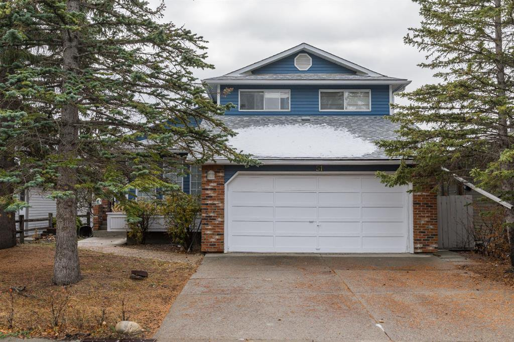 Main Photo: 51 Woodfern Drive SW in Calgary: Woodbine Detached for sale : MLS®# A1048043