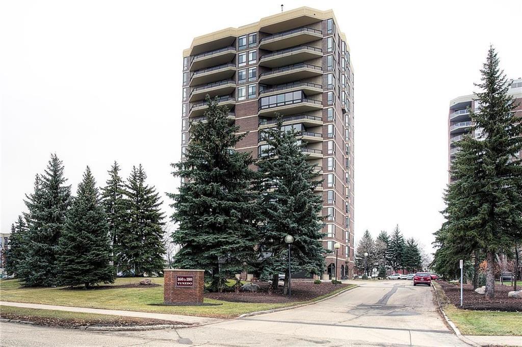 Main Photo: 404 160 Tuxedo Avenue in Winnipeg: Tuxedo Condominium for sale (1E)  : MLS®# 202027474