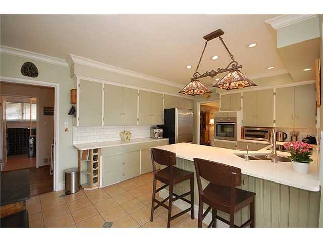 Photo 33: Photos: 921 SURREY Street in New Westminster: The Heights NW House for sale : MLS®# V977015