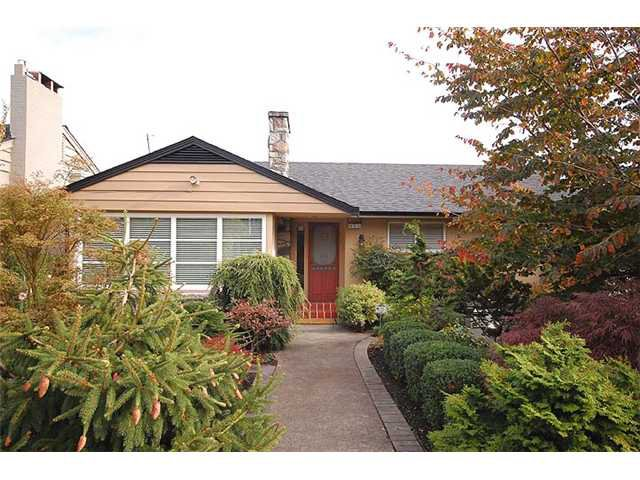 Photo 27: Photos: 921 SURREY Street in New Westminster: The Heights NW House for sale : MLS®# V977015