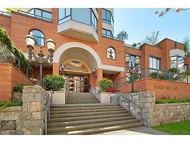 """Main Photo: 302 1860 ROBSON Street in Vancouver: West End VW Condo for sale in """"Stanley Park Place"""" (Vancouver West)  : MLS®# V1035795"""