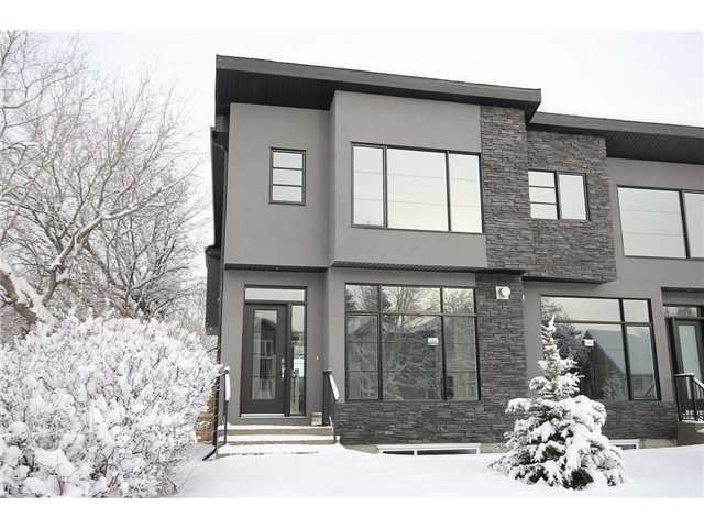 Main Photo: 464 29 Avenue NW in CALGARY: Mount Pleasant Residential Attached for sale (Calgary)  : MLS®# C3594949