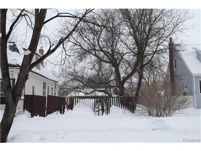 Main Photo: 266 COLLEGIATE Street in WINNIPEG: St James Residential for sale (West Winnipeg)  : MLS®# 1401663