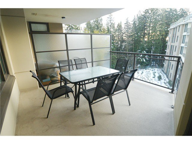"""Photo 14: Photos: # 710 1415 PARKWAY BV in Coquitlam: Westwood Plateau Condo for sale in """"CASCADE"""" : MLS®# V1050847"""