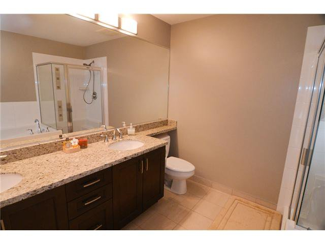 """Photo 10: Photos: # 710 1415 PARKWAY BV in Coquitlam: Westwood Plateau Condo for sale in """"CASCADE"""" : MLS®# V1050847"""