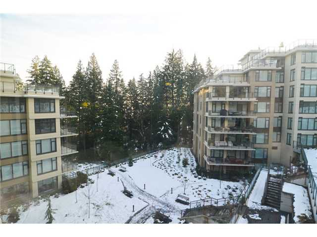 """Photo 15: Photos: # 710 1415 PARKWAY BV in Coquitlam: Westwood Plateau Condo for sale in """"CASCADE"""" : MLS®# V1050847"""