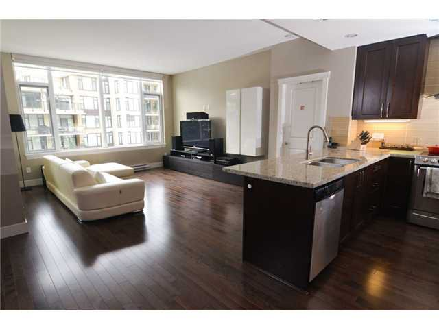 """Photo 5: Photos: # 710 1415 PARKWAY BV in Coquitlam: Westwood Plateau Condo for sale in """"CASCADE"""" : MLS®# V1050847"""