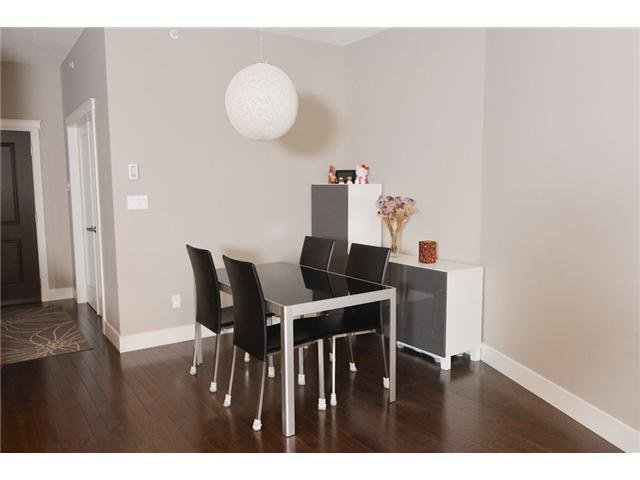 """Photo 8: Photos: # 710 1415 PARKWAY BV in Coquitlam: Westwood Plateau Condo for sale in """"CASCADE"""" : MLS®# V1050847"""