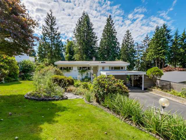 "Main Photo: 819 PROSPECT Avenue in North Vancouver: Canyon Heights NV House for sale in ""Canyon Heights"" : MLS®# V1132527"